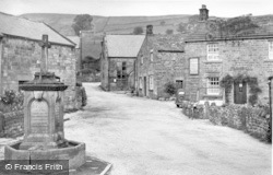 Lofthouse, Post Office Stores And The Fountain 1950
