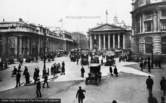 Photo of London, Bank of England 1908