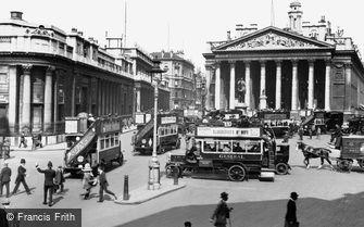 London, Bank of England and the Royal Exchange c1910