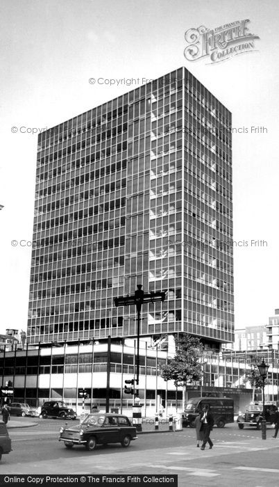 Photo of London, Castrol House c.1965