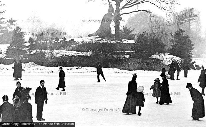 Photo of London, Crystal Palace c1890, ref. L130059