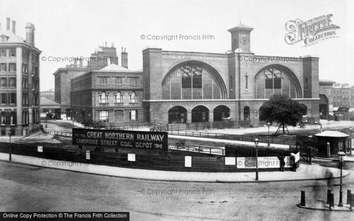 Photo of London, King's Cross Station c.1886