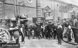 Market Porters At Covent Garden 1900, London