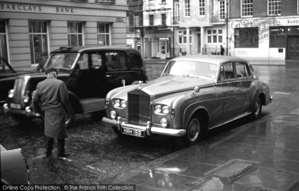 Photo of London, Mayfair 1964