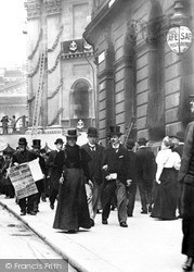 London, People In Queen Victoria Street 1897
