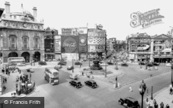 Piccadilly Circus 1962, London