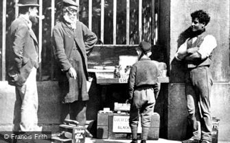 London, Shoeblack and Pedlar 1877