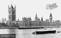 London, The Houses Of Parliament c.1910