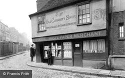 London, The Old Curiosity Shop c.1875
