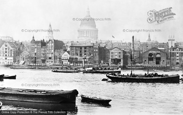 Photo of London, the Waterfront by St Paul's 1890, ref. L130017