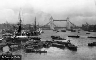 London, Tower Bridge and Pool of London 1896