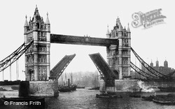 London, Tower Bridge Completed 1895