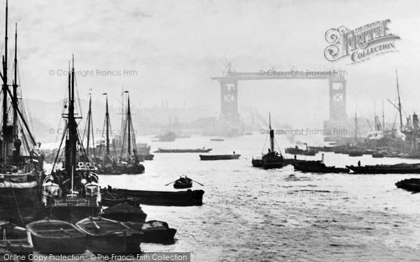 Photo of London, Tower Bridge Under Construction 1890
