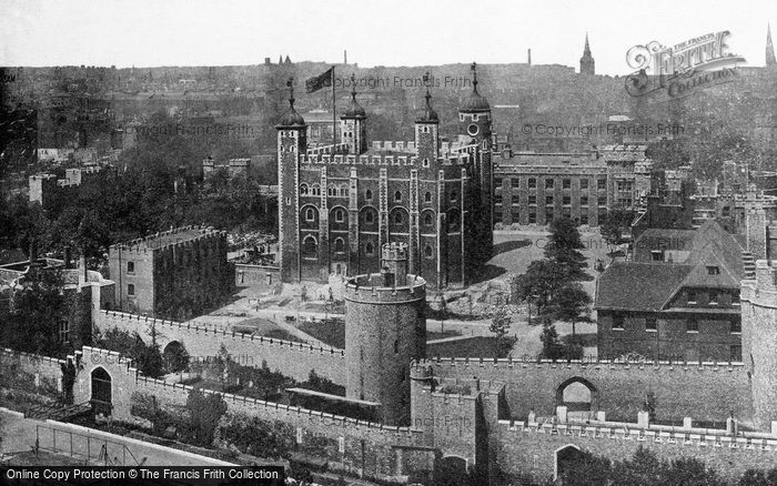 Photo of London, the Tower of London c1890, ref. L130172