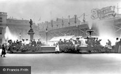 London, Trafalgar Square 1897
