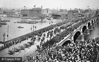 London, Westminster Bridge, Queen Victoria's Diamond Jubilee Day 1897