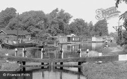 Trent Lock c.1950, Long Eaton