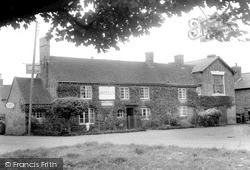 Long Itchington, The Buck And Bell c.1955