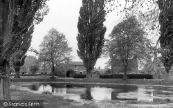 Long Itchington, The Village Pond 1954