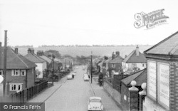 Station Road c.1960, Longfield Hill