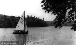 Longleat, Yachting At Shearwater c.1965