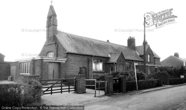 Longton, Catholic Church c1960