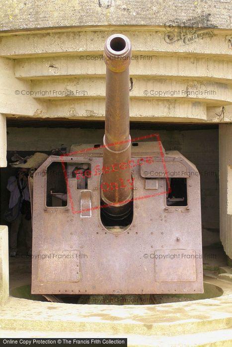 Photo of Longues Sur Mer, German Naval Gun  2008