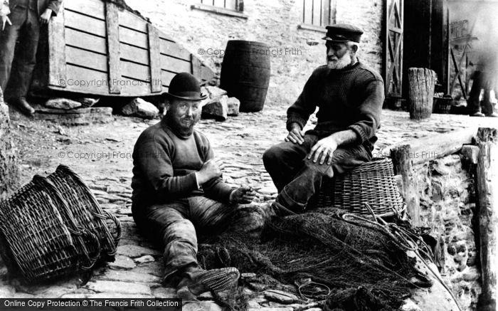 Photo of Looe, Mending Nets 1906