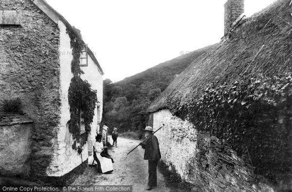 Photo of Looe, Shallow Pool, Watergate 1906