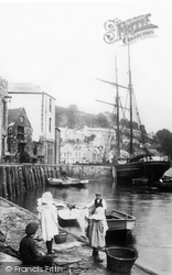 The Harbour 1912, Looe