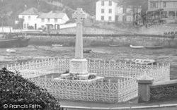 Looe, The War Memorial 1922