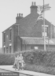 Lostock Hall, Pedestrians On Brownedge Road c.1955