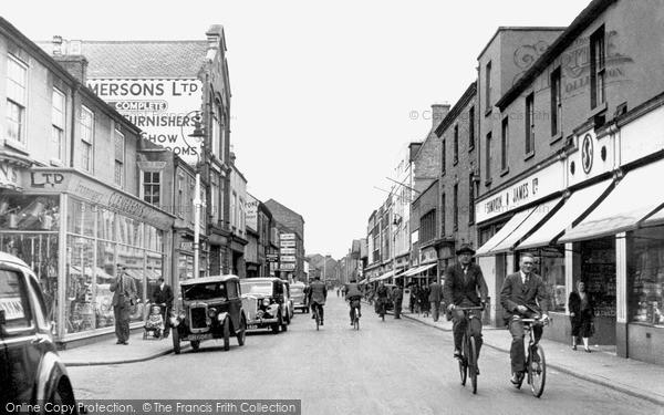 Photo of Loughborough, Market Street 1949