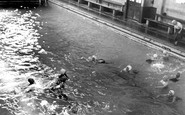Loughborough, the Swimming Baths c1955