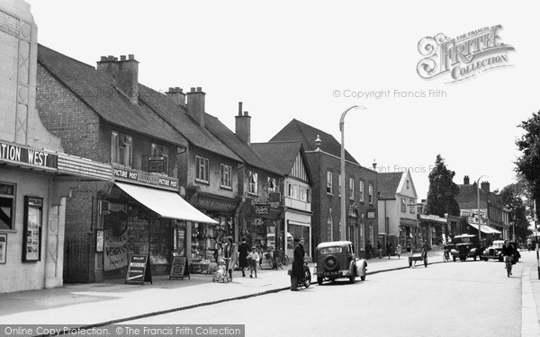 Loughton, High Road c1955.  (Neg. L106006)  © Copyright The Francis Frith Collection 2005. http://www.francisfrith.com