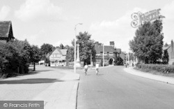 Loughton, The High Road c.1950