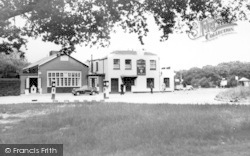Loughton, The Wake Arms, Epping Forest c.1955