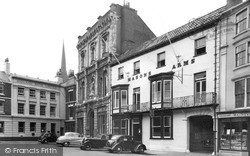 Louth, Masons Arms Hotel, The Corn Market c.1955