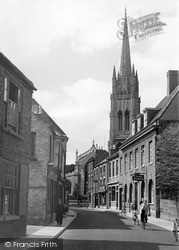 St James Church From Eastgate c.1955, Louth