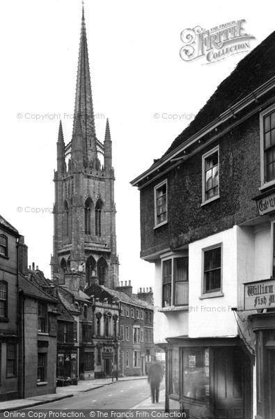 Photo of Louth, St James Church From Upgate c.1955