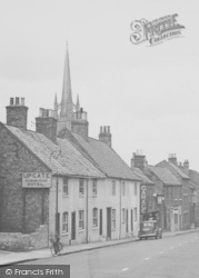 Louth, Upgate Commercial Hotel c.1955