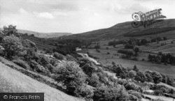 Low Row, Swaledale Looking East c.1960