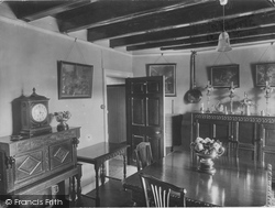 Low Row, The Punch Bowl Hotel Interior 1924