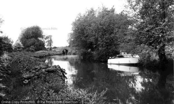 Lower Heyford, the Canal Bridge c1960