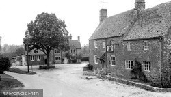 The Square c.1955, Lower Heyford