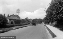 Lower Kingswood, London Road 1915