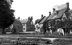 The Green c.1955, Lower Slaughter