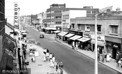 Lowestoft, London Road North c.1960