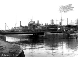 The Swing Bridge 1921, Lowestoft