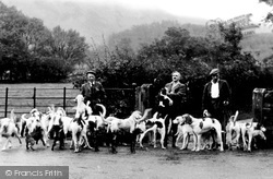 The Melbreak Hounds c.1939, Loweswater